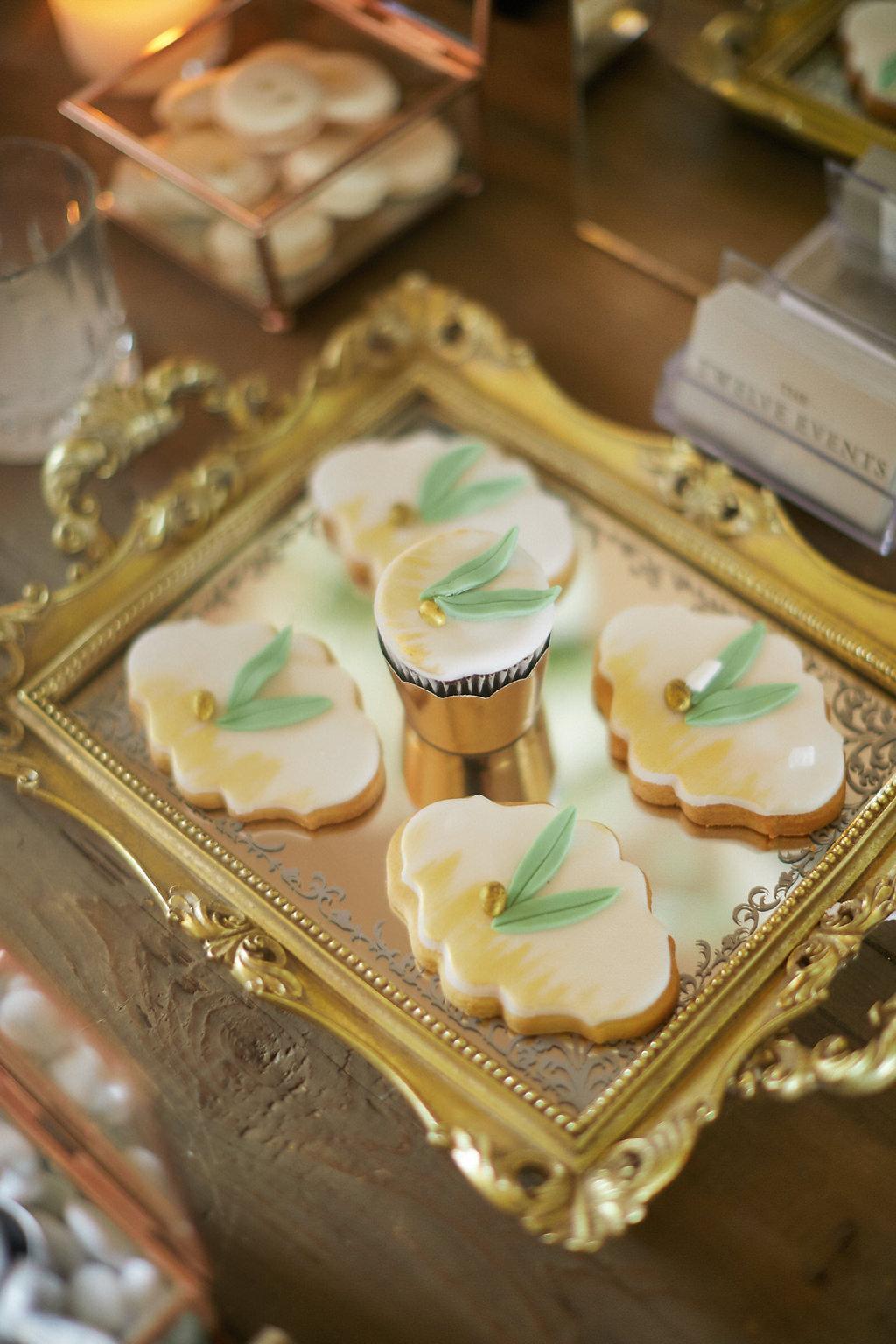 wedding dessert ideas - photo by Sotiris Tsakanikas https://ruffledblog.com/chic-sunset-wedding-on-the-athens-riviera