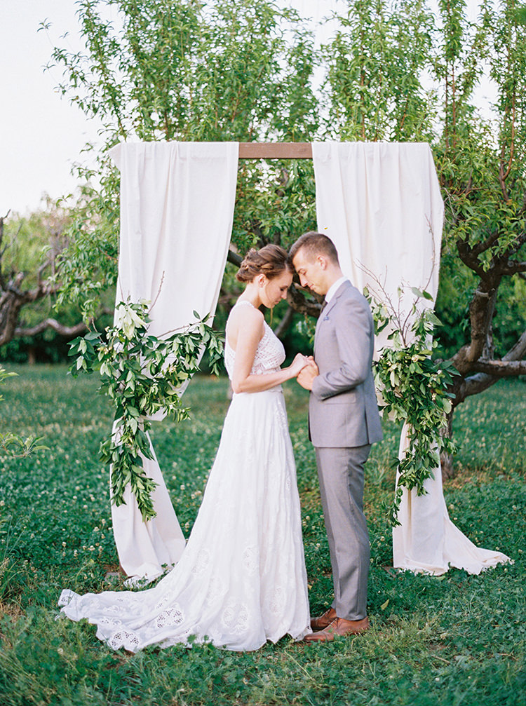 garden wedding ceremonies - photo by Melissa Jill Photography https://ruffledblog.com/citrus-and-copper-orchard-wedding-inspiration