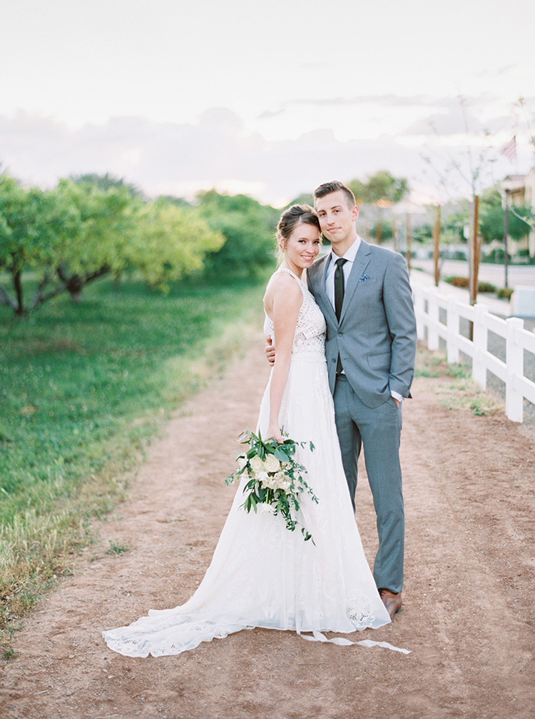 bride and groom photography - photo by Melissa Jill Photography https://ruffledblog.com/citrus-and-copper-orchard-wedding-inspiration