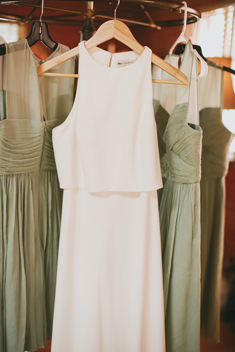 modern wedding dresses - photo by Kassia Phoy https://ruffledblog.com/citrus-hued-whimsical-wedding-with-paper-details