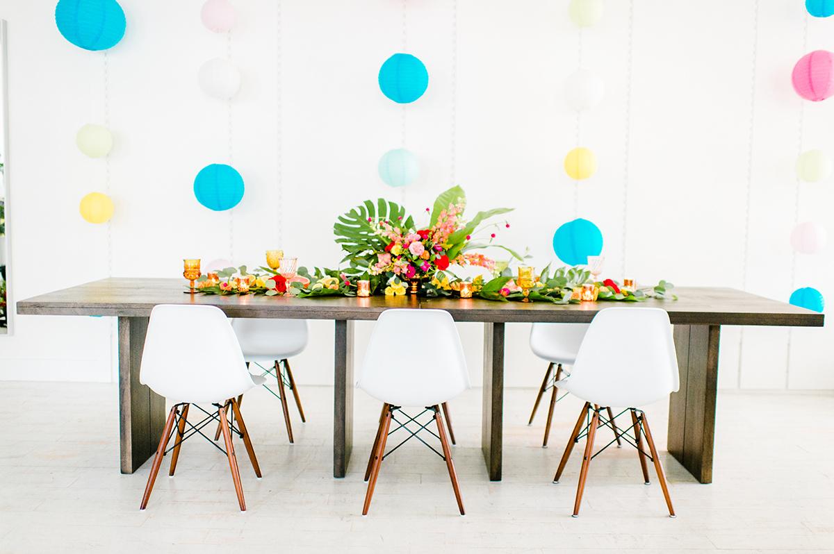 fun modern party ideas - photo by Madison Short Photography https://ruffledblog.com/citrus-sunshine-bachelorette-party-inspiration