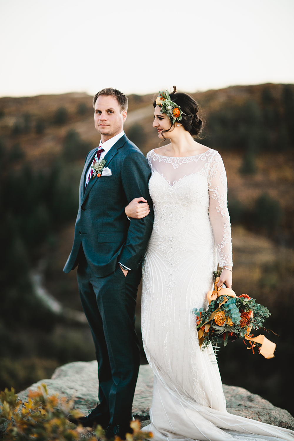 mountain wedding portraits - photo by Our Love is Loud https://ruffledblog.com/colorado-wedding-with-earth-tones