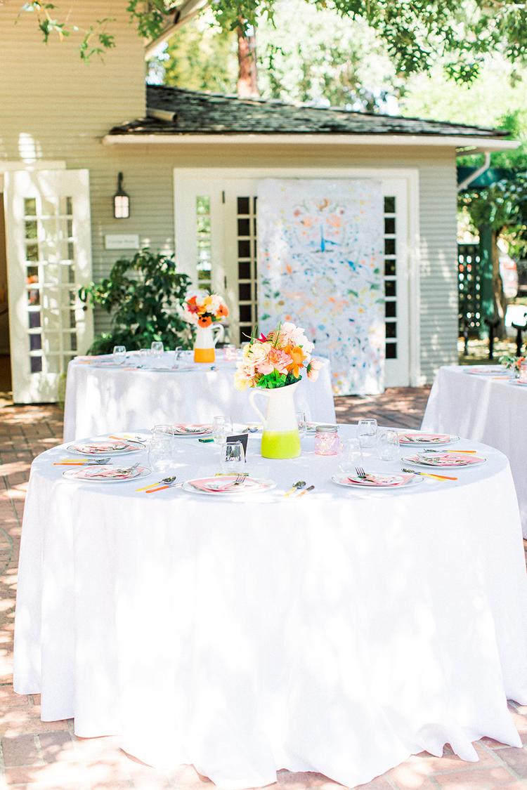 backyard garden wedding receptions - photo by Erin Milnik http://ruffledblog.com/colorful-monday-afternoon-garden-elopement