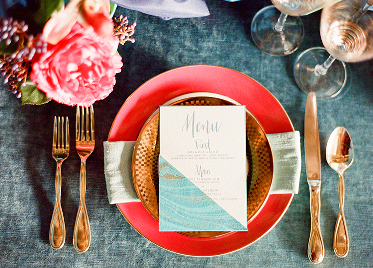 modern place settings - photo by Lisa Blume Photography http://ruffledblog.com/runway-to-table-wedding-inspiration-with-bows