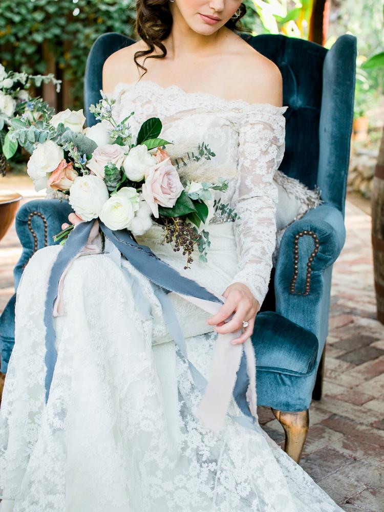 wedding bouquets - photo by Dennis Roy Coronel http://ruffledblog.com/copper-blue-rancho-las-lomas-wedding-inspiration