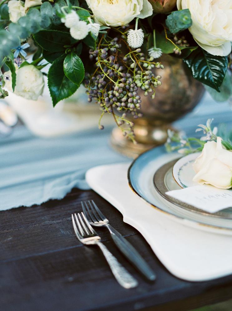 wedding tables - photo by Dennis Roy Coronel http://ruffledblog.com/copper-blue-rancho-las-lomas-wedding-inspiration