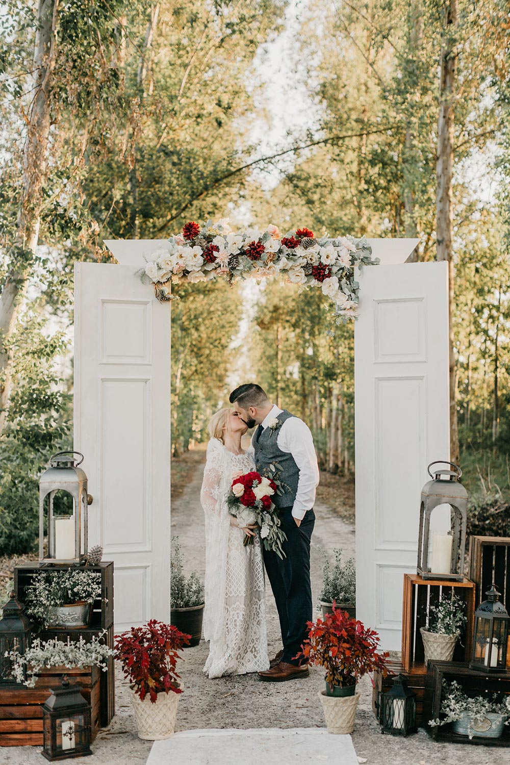 winter wedding ceremony rustic chic backdrop