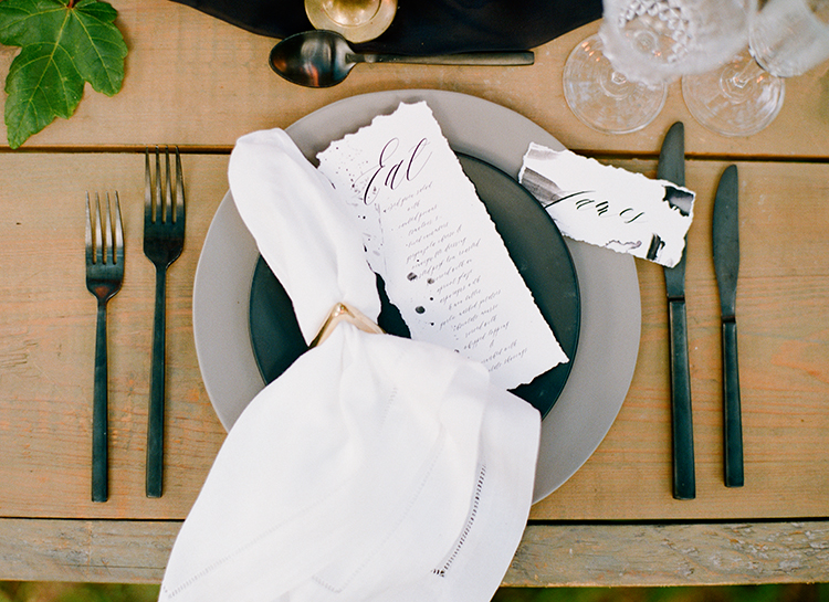 simple organic wedding ideas - http://ruffledblog.com/dark-and-stormy-magnolia-plantation-wedding-inspiration