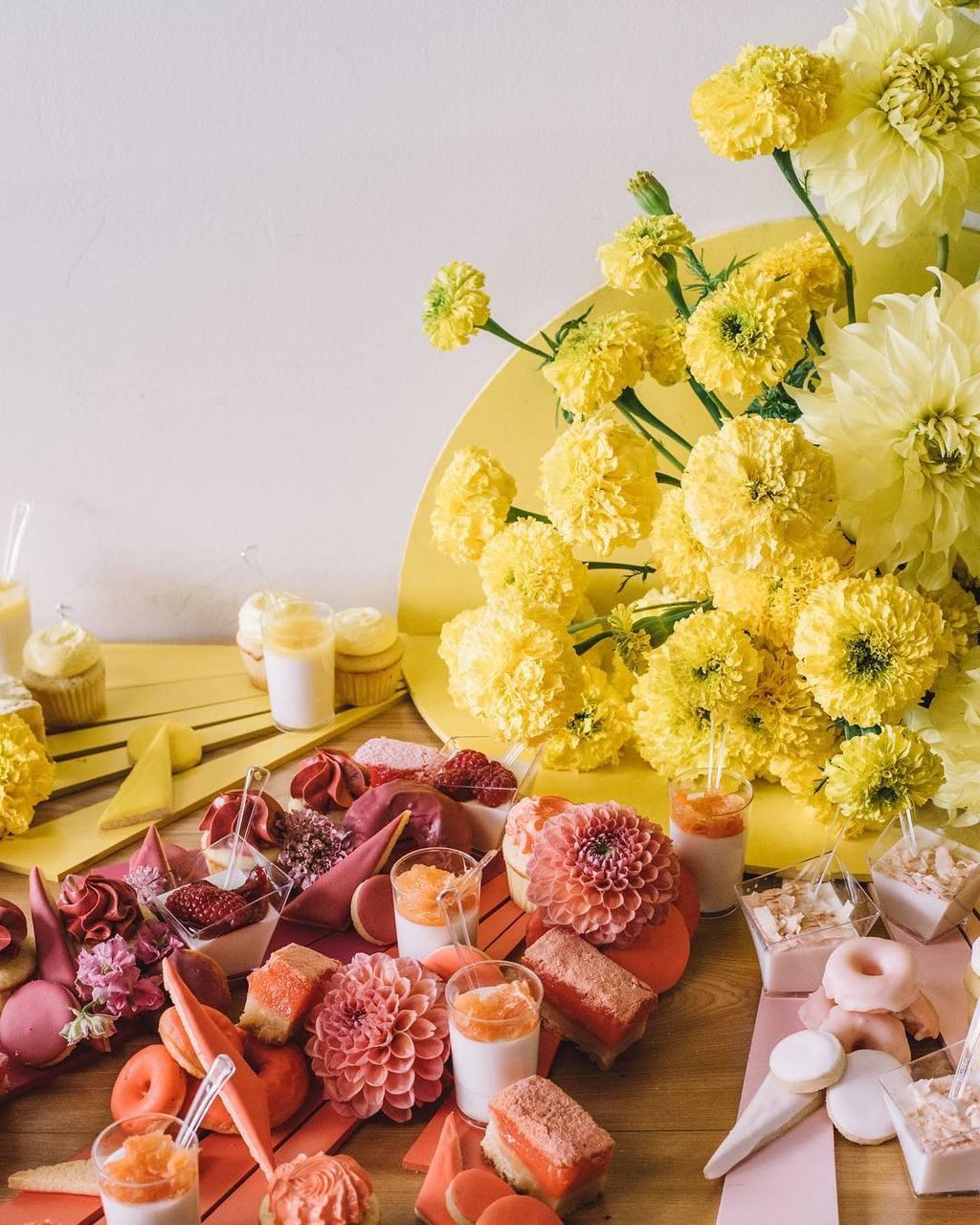 27 Unique Dessert Displays For Your Wedding...