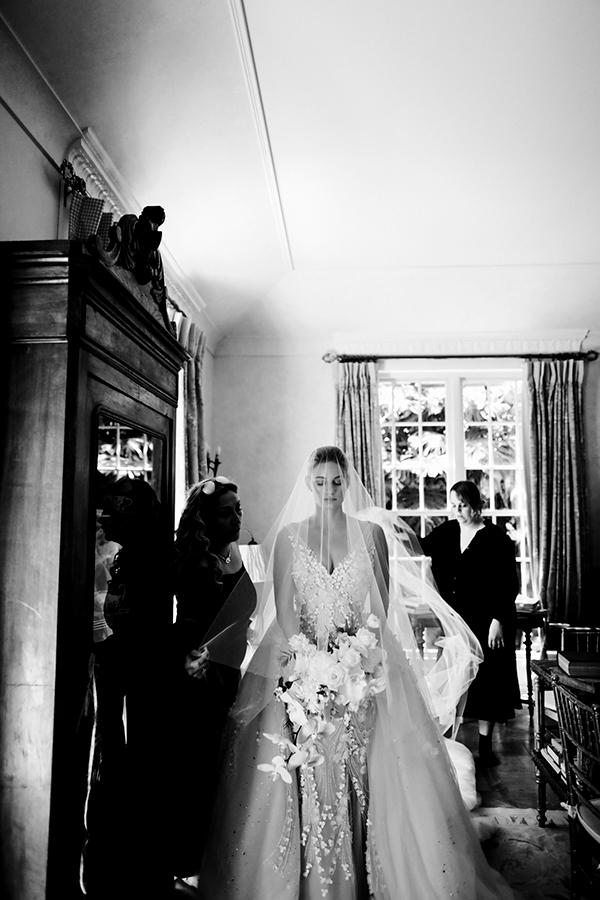 Chic Byron Bay Wedding #weddings #weddingdress
