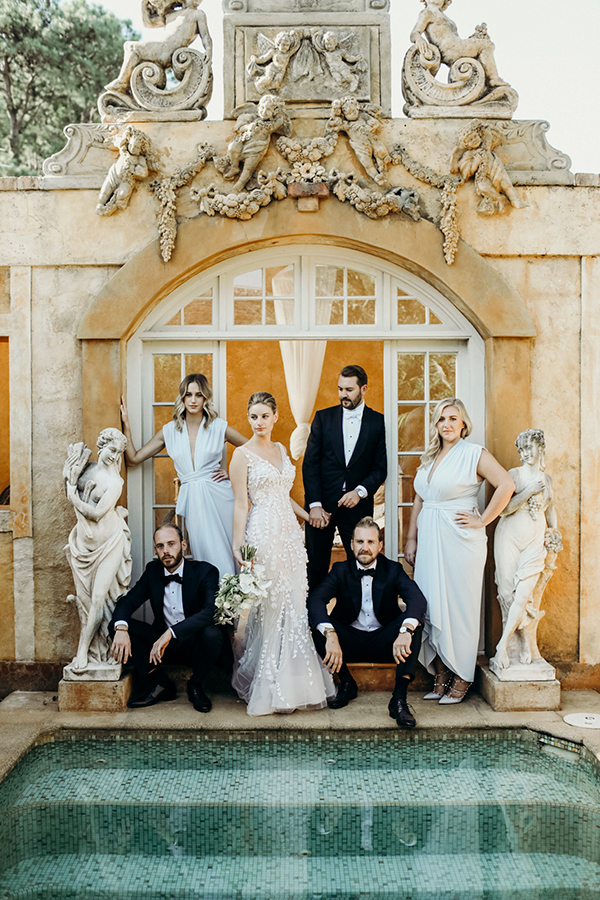 fun bridal party photo ideas #weddings