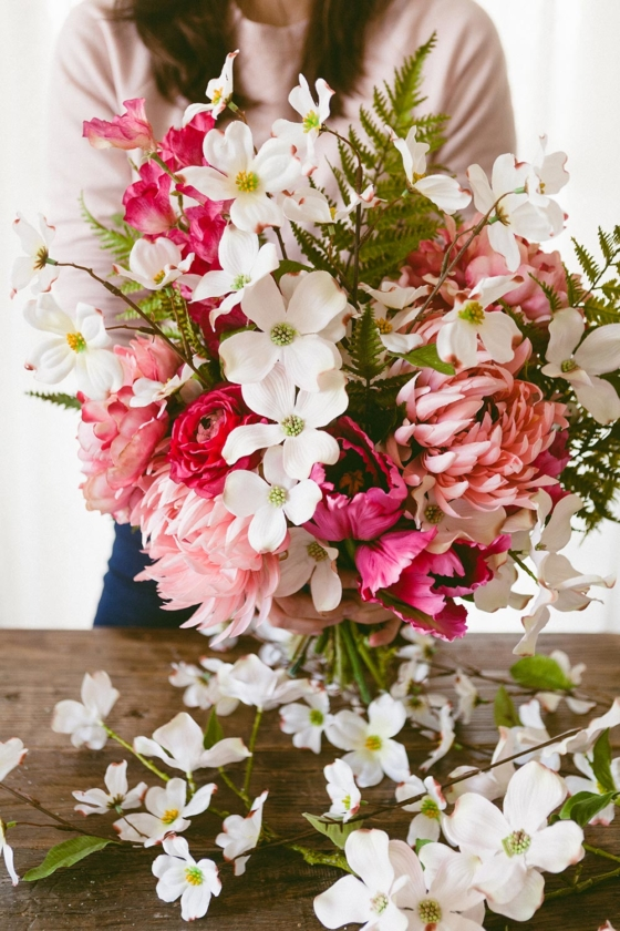 DIY Dogwood Bouquet for Spring and Mother's Day