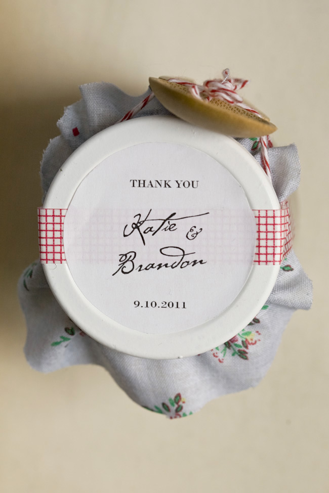 Homemade Thank You Wedding Gifts : DIY Nutella Wedding Favors Ruffled