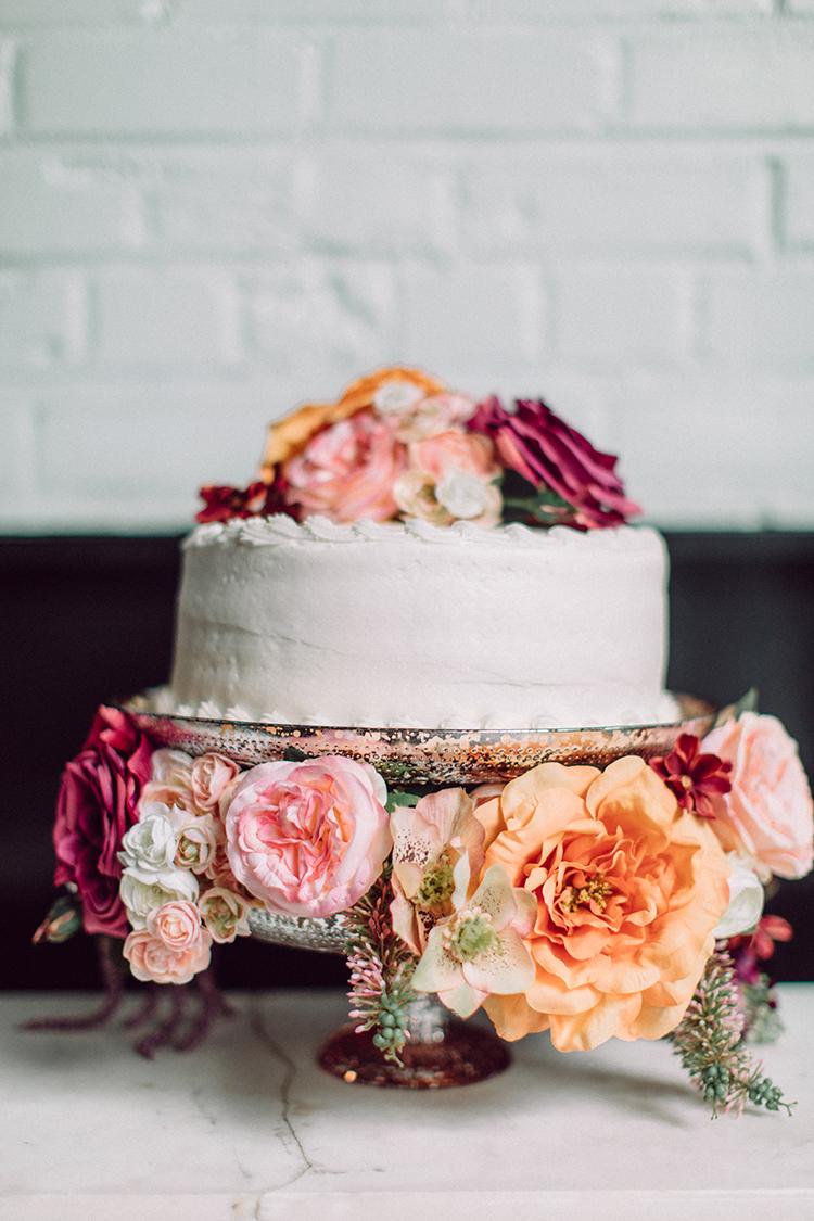 Wedding Cake Stand 61 Luxury Chic Grocery Store Cake