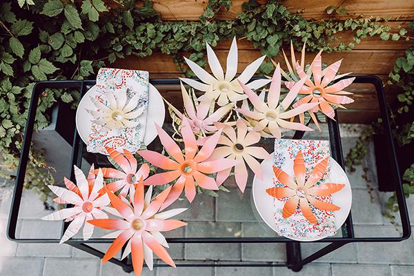 plastic bottle flower wreath DIY