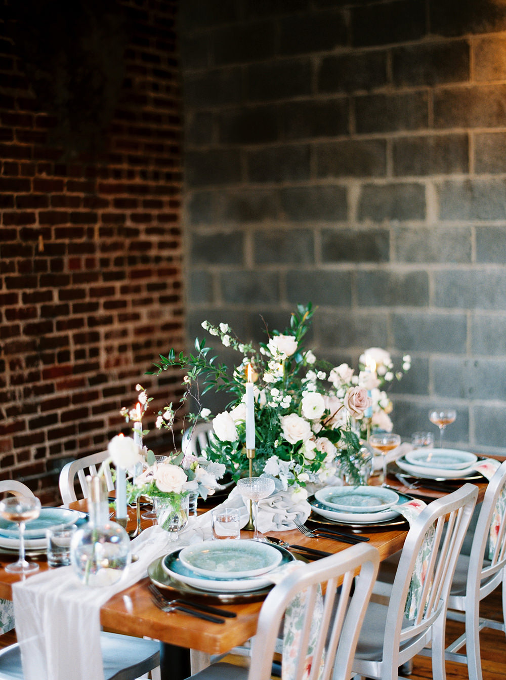 wedding reception tables - photo by Photos by Heart http://ruffledblog.com/downtown-birmingham-spring-wedding-inspiration
