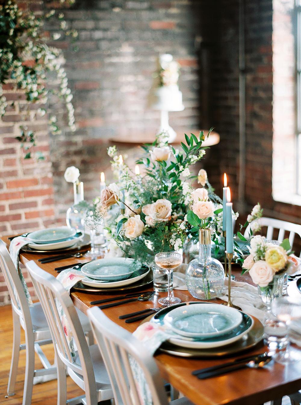 industrial spring weddings - photo by Photos by Heart http://ruffledblog.com/downtown-birmingham-spring-wedding-inspiration