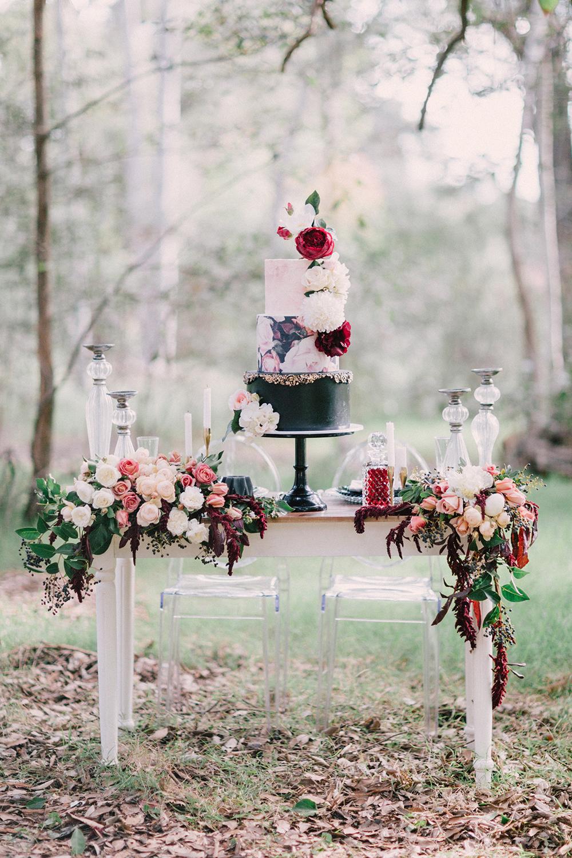 dramatic-winter-bridal-inspiration-with-marsala-01