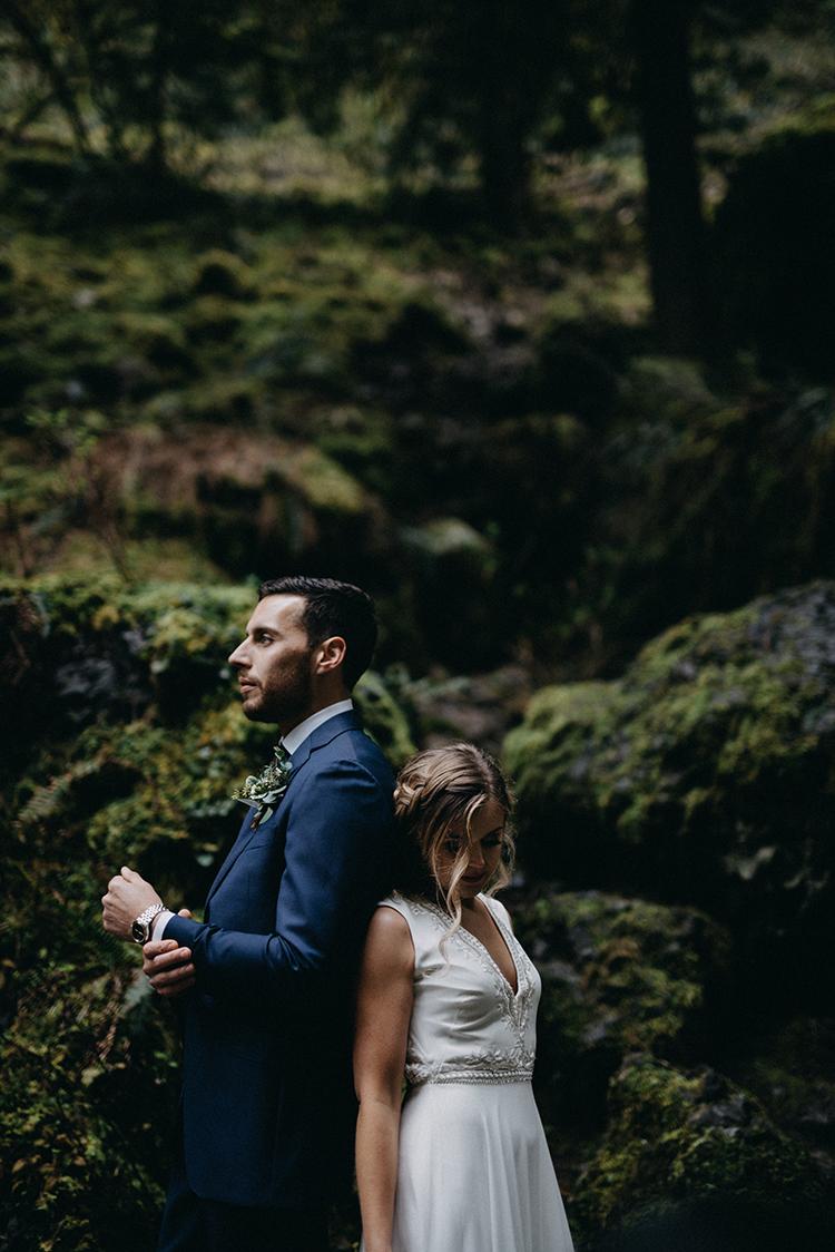 romantic waterfall weddings - photo by Minerva House Photography http://ruffledblog.com/dreamy-waterfall-elopement-at-wahclella-falls