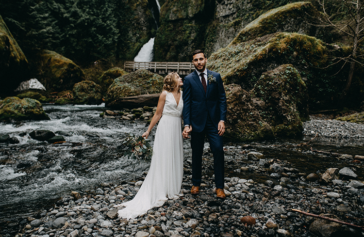waterfall weddings - photo by Minerva House Photography http://ruffledblog.com/dreamy-waterfall-elopement-at-wahclella-falls