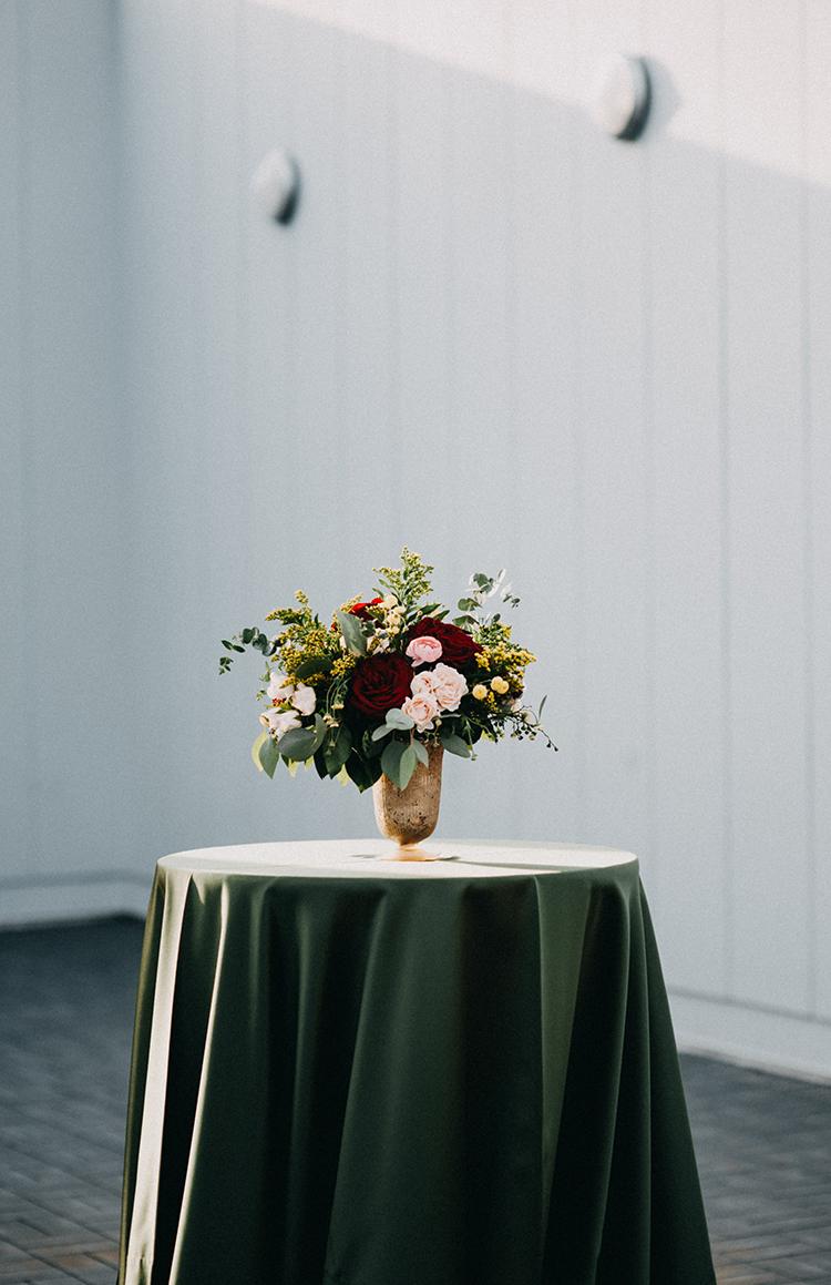 romantic wedding flowers - photo by Minerva House Photography http://ruffledblog.com/dreamy-waterfall-elopement-at-wahclella-falls