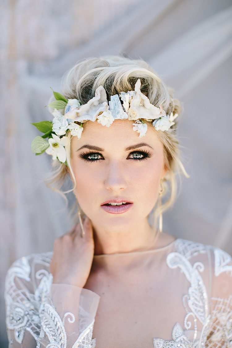 unique bridal hairpieces - photo by Angela Zion Photography https://ruffledblog.com/dusty-toned-wedding-ideas-inspired-by-the-baltic-sea