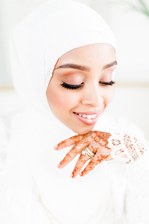 Muslim bridal style - photo by Haley Richter Photo http://ruffledblog.com/east-meets-west-romantic-wedding-inspiration