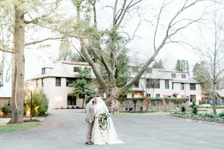 wedding photography - photo by Haley Richter Photo http://ruffledblog.com/east-meets-west-romantic-wedding-inspiration
