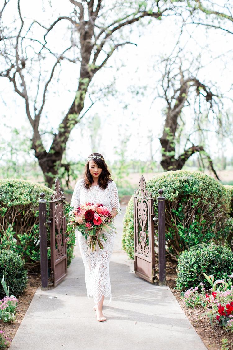 lace wedding dresses - photo by Elisabeth Arin Photography http://ruffledblog.com/eclectic-wedding-ideas-inspired-by-wanderlust