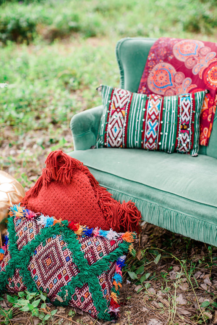 bohemian pillows - photo by Elisabeth Arin Photography http://ruffledblog.com/eclectic-wedding-ideas-inspired-by-wanderlust