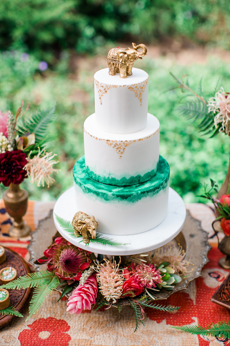 white and green wedding cakes - photo by Elisabeth Arin Photography http://ruffledblog.com/eclectic-wedding-ideas-inspired-by-wanderlust