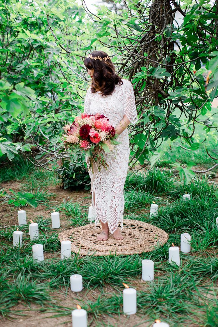 wedding ceremonies - photo by Elisabeth Arin Photography http://ruffledblog.com/eclectic-wedding-ideas-inspired-by-wanderlust