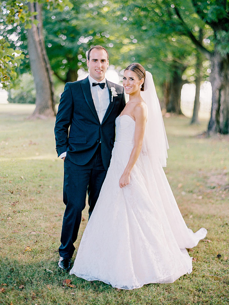 wedding portraits - photo by Love by Serena https://ruffledblog.com/elegant-annapolis-wedding-with-romantic-greenery