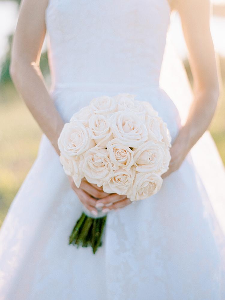 ivory rose wedding bouquets - photo by Love by Serena https://ruffledblog.com/elegant-annapolis-wedding-with-romantic-greenery