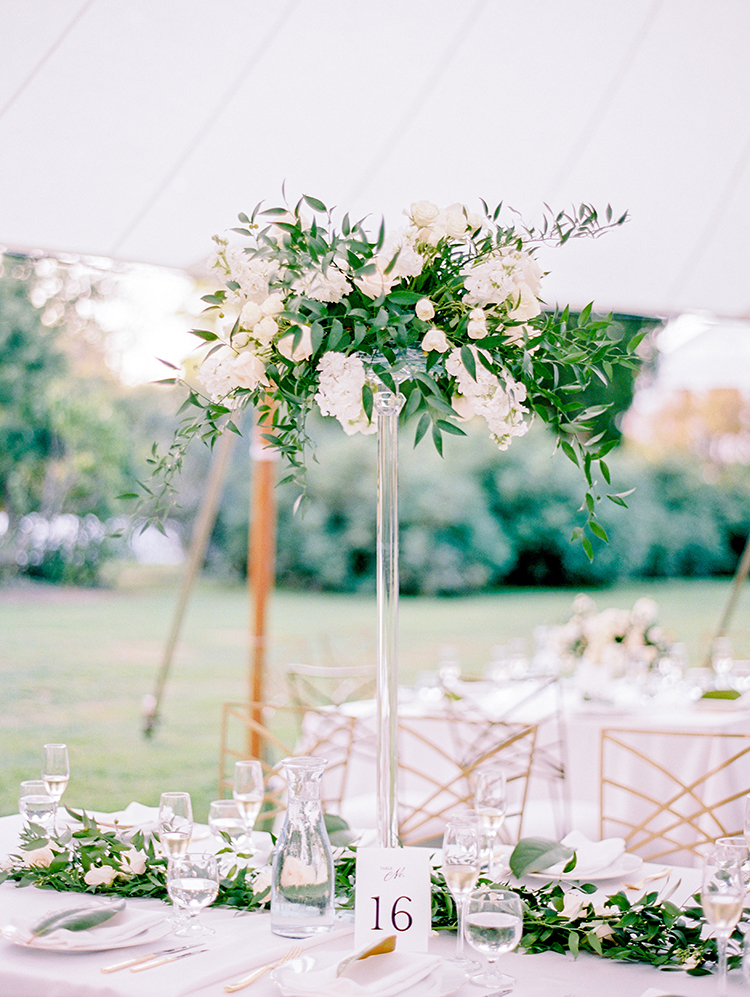 wedding ideas with greenery - photo by Love by Serena http://ruffledblog.com/elegant-annapolis-wedding-with-romantic-greenery