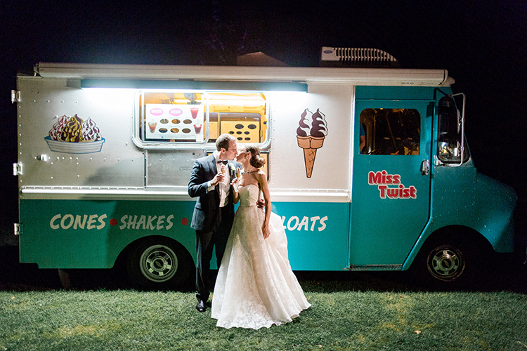 cute food truck weddings - photo by Love by Serena http://ruffledblog.com/elegant-annapolis-wedding-with-romantic-greenery