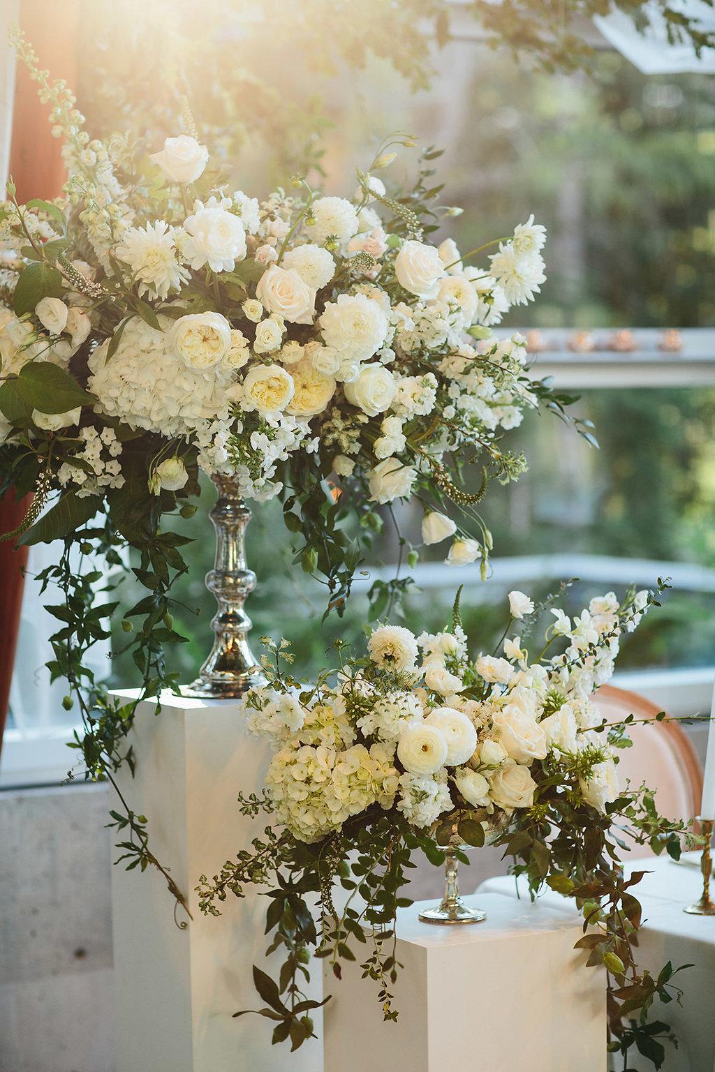 wedding floral inspiration - photo by Melia Lucida https://ruffledblog.com/elegant-canadian-wedding-with-greenery