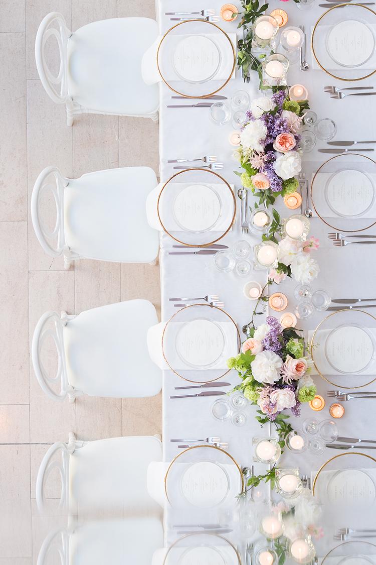 modern tablescapes - photo by 5ive 5ifteen https://ruffledblog.com/elegant-garden-inspired-toronto-wedding