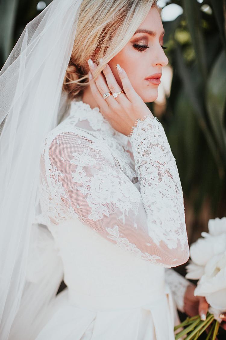 vintage inspired bridal looks - photo by Alexandra Wallace https://ruffledblog.com/elegant-san-luis-obispo-garden-party-wedding
