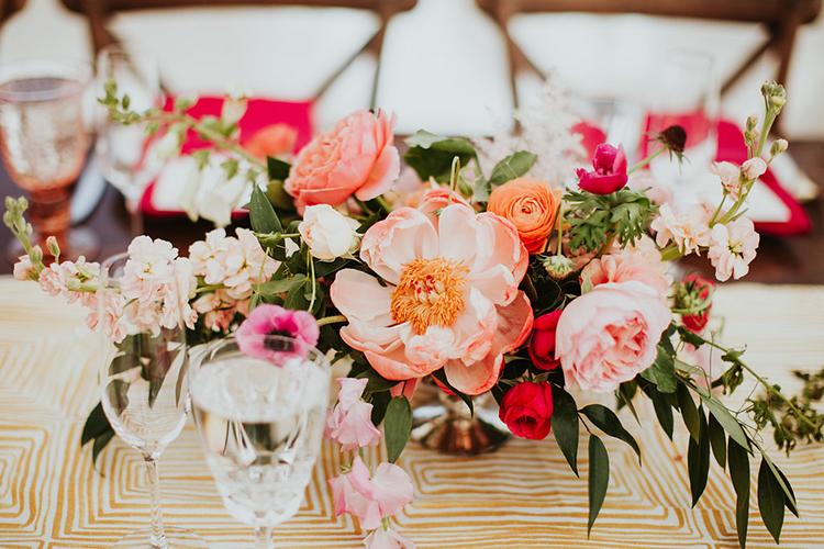 peony centerpieces - photo by Alexandra Wallace https://ruffledblog.com/elegant-san-luis-obispo-garden-party-wedding