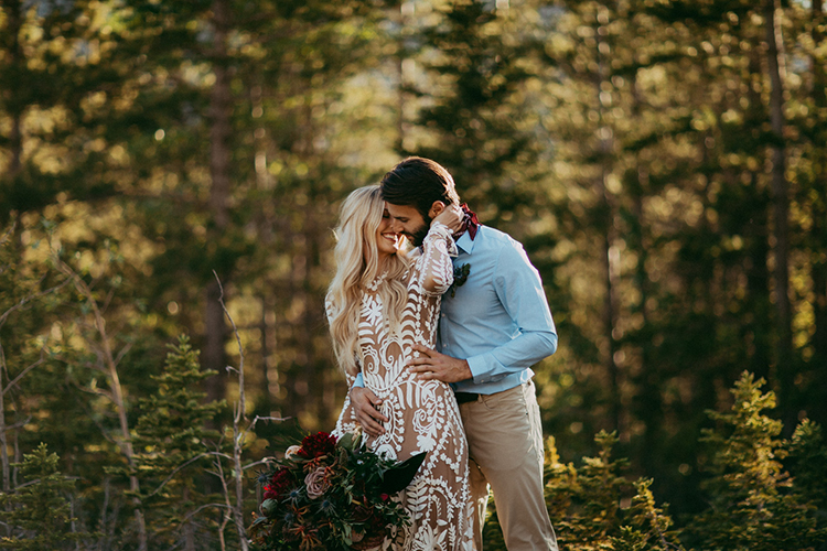 elopement inspiration - photo by Tricia Victoria Photography http://ruffledblog.com/elopement-inspiration-with-a-show-stopping-boho-lace-gown