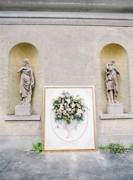 Quintessentially English Countryside Wedding with Blooming Art