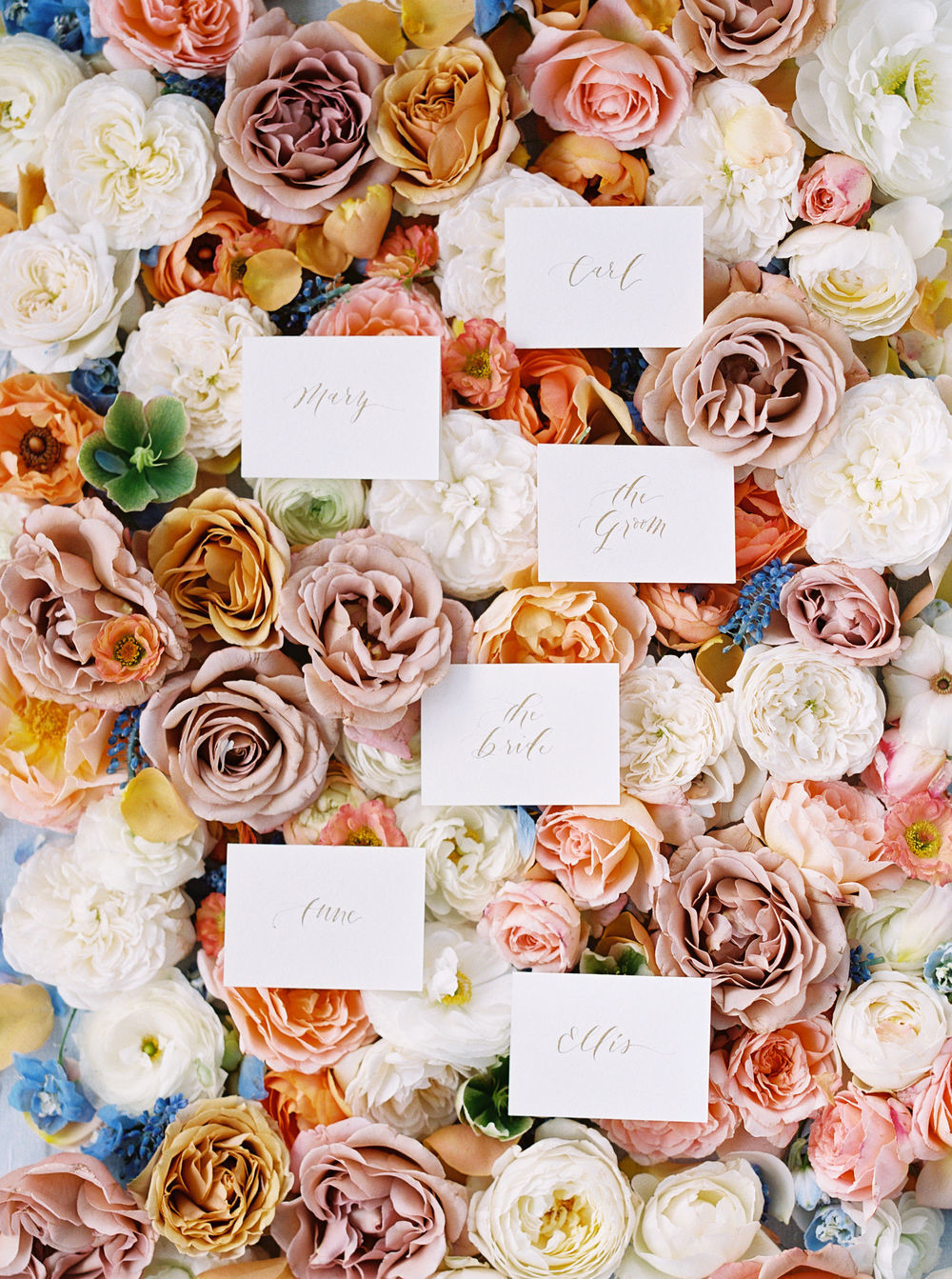 English Rose Garden Wedding Inspo 09