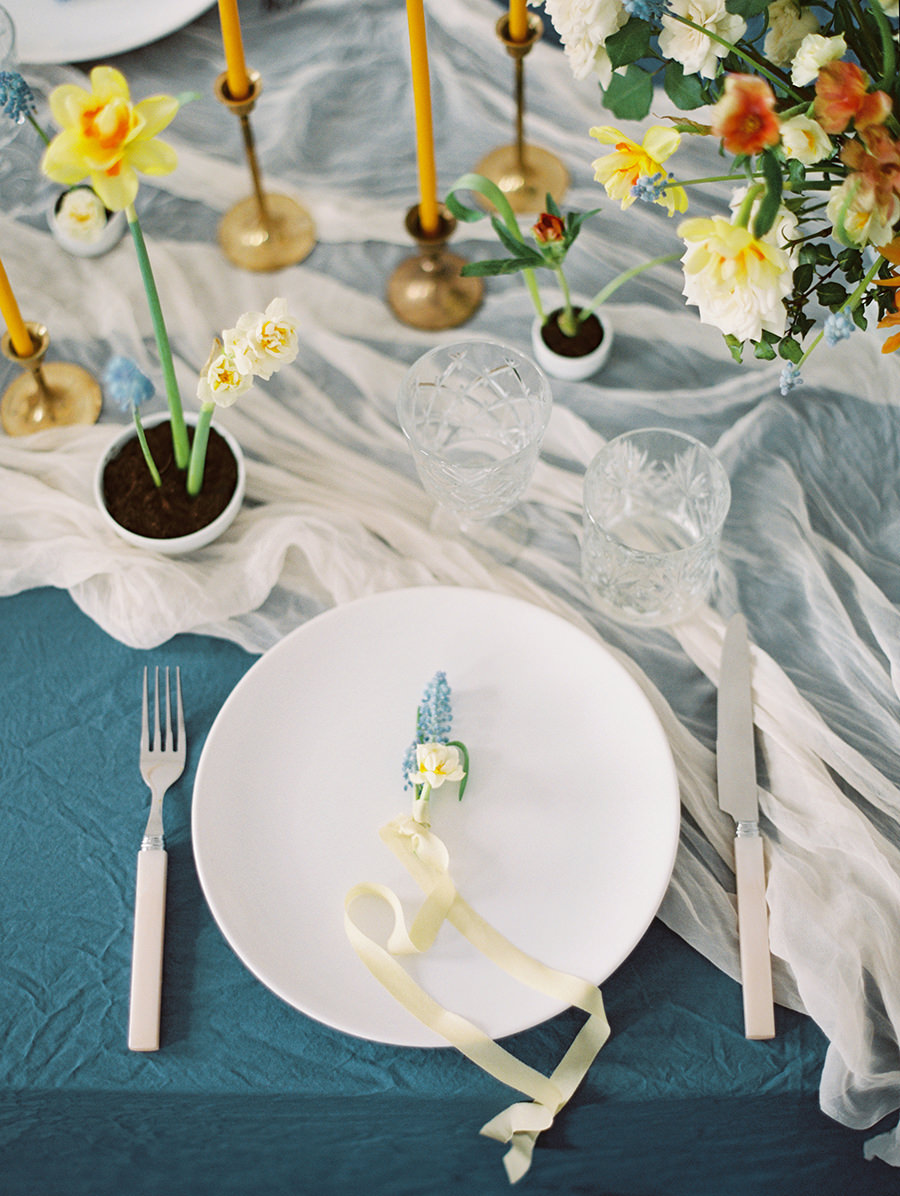 blue and yellow wedding color palettes - photo by Igor Kovchegin Photography https://ruffledblog.com/ethereal-wedding-inspiration-with-teal-and-marigold