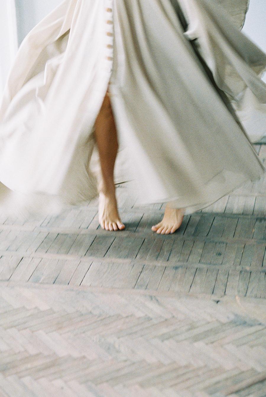 film wedding photography - photo by Igor Kovchegin Photography http://ruffledblog.com/ethereal-wedding-inspiration-with-teal-and-marigold