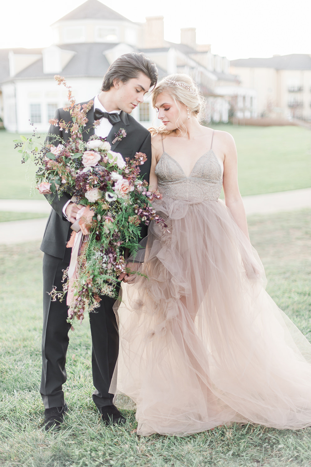 Ethereal wedding inspiration with vintage accents ruffled ethereal wedding inspiration with vintage accents photo by jenny b photos https junglespirit Gallery