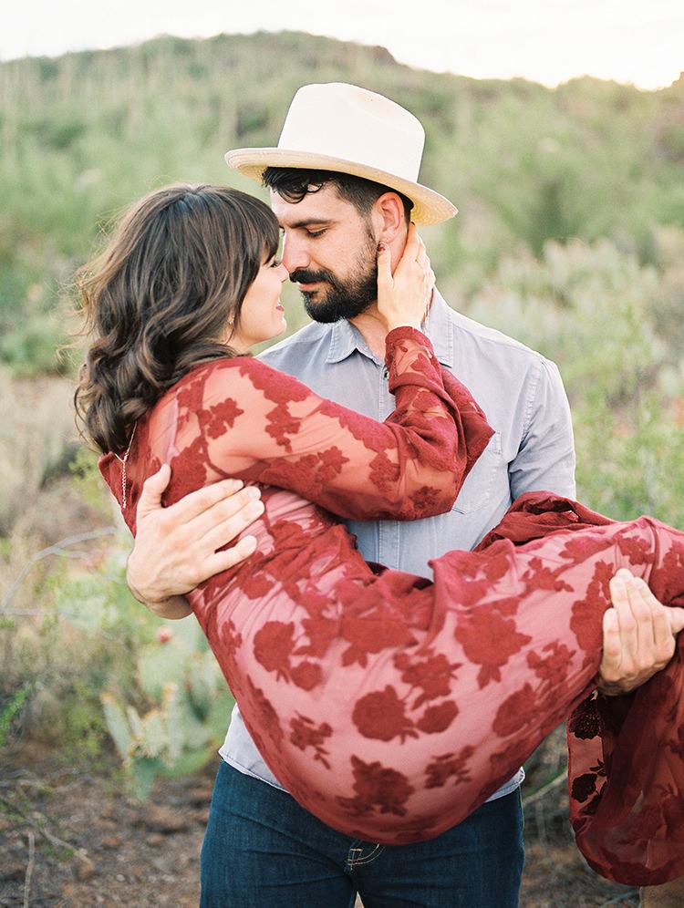 cute wedding portraits - https://ruffledblog.com/fall-desert-elopement-inspiration-with-burgundy-and-lavender