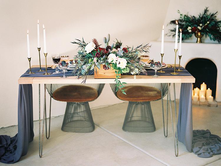 romantic organic wedding tables - https://ruffledblog.com/fall-desert-elopement-inspiration-with-burgundy-and-lavender