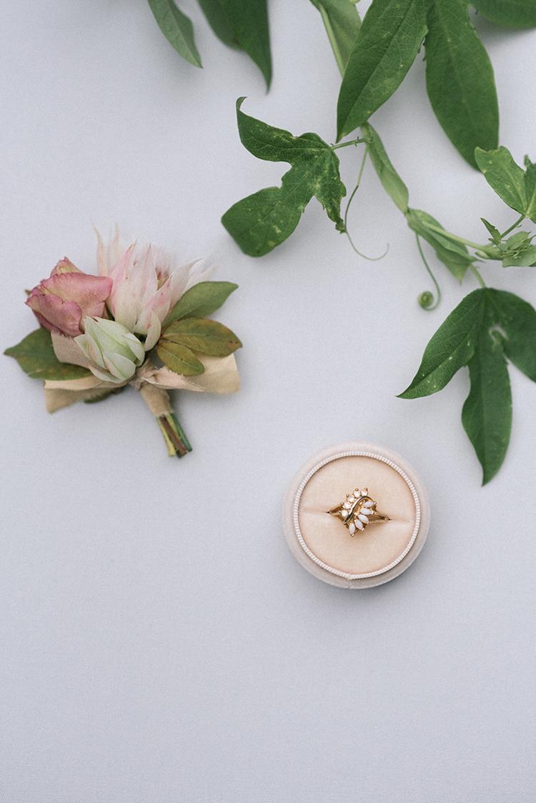 romantic vintage engagement rings - http://ruffledblog.com/fall-wedding-inspiration-with-mauve-and-apricot-hues