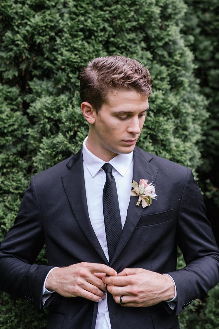 chic black tie groom looks - http://ruffledblog.com/fall-wedding-inspiration-with-mauve-and-apricot-hues